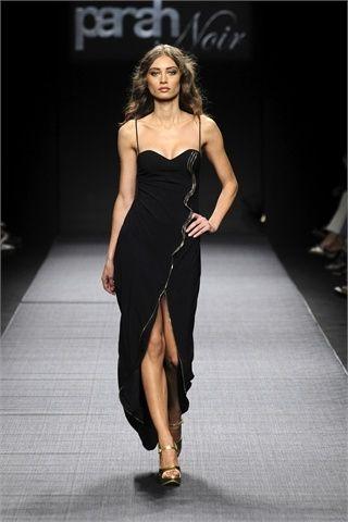 abito nero lungo con spacco by parah noir 2010