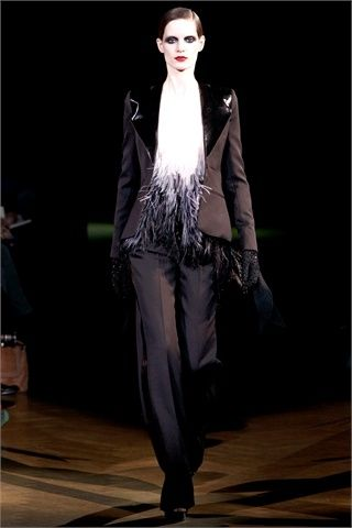 tailleur vampire look by givenchy 2010