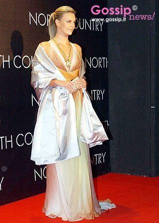 Celebrities vestite Versace